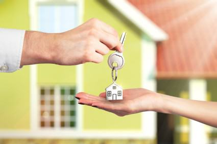 Do Buyers or Sellers Pay the Buyer's Real Estate Agent?